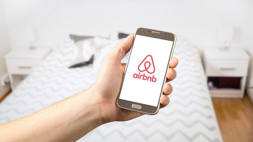 Airbnb Cleaning in Calgary: Increase Your Review Score